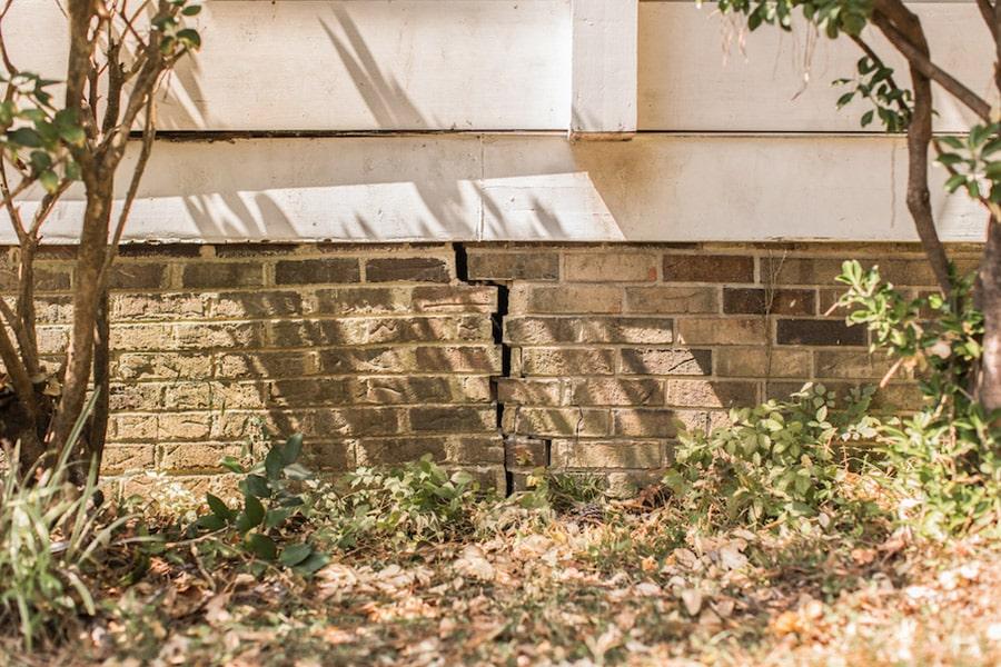 Exterior Foundation Cracks